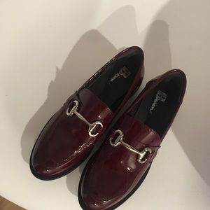 BROWNS Burgundy patent shoes